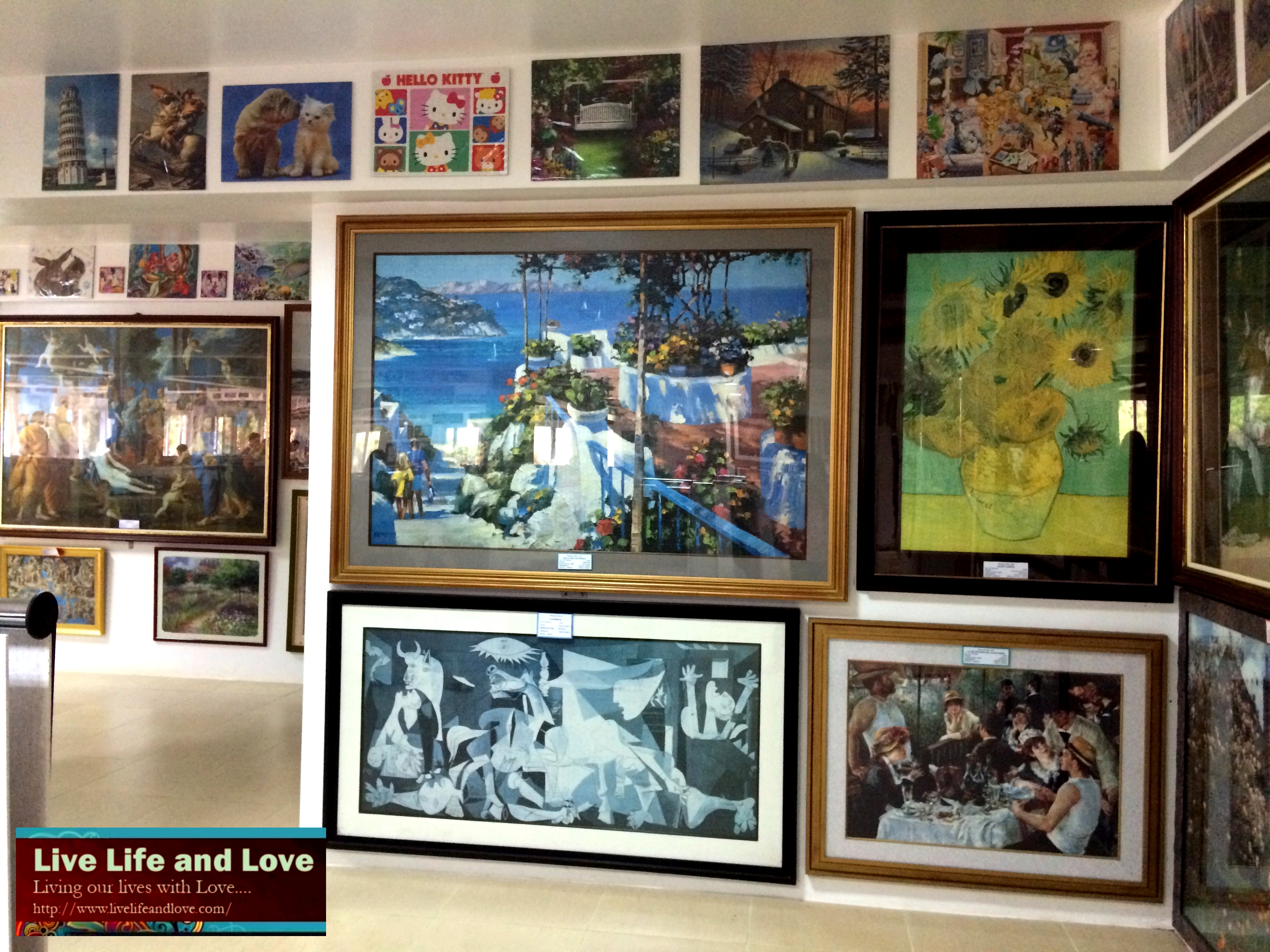 Largest collection of Jigsaw puzzles | Live Life and Love